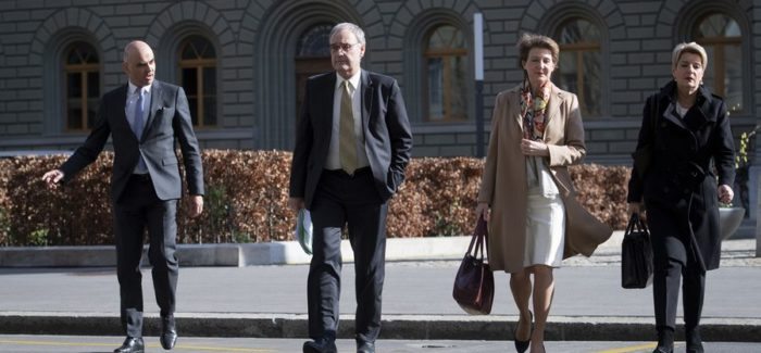 CORONAVIRUS Suiza opta por un plan de salida de tres etapas